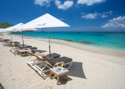 BEACH BLEU EMERAUDE GRAND CASE LOUNGE CHAIRS